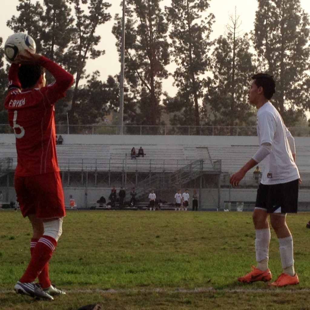 Soccer Comes from Behind to Defeat Franklin